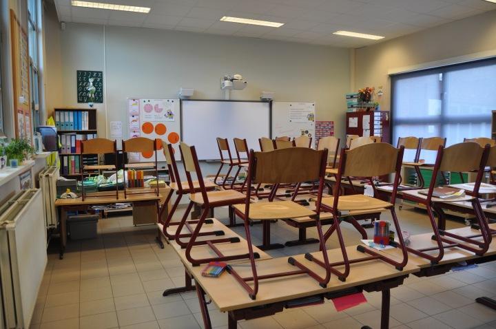 """""""In de hoek jij!"""" – Vragen rond straffen en belonen thuis en in de klas – deel1"""